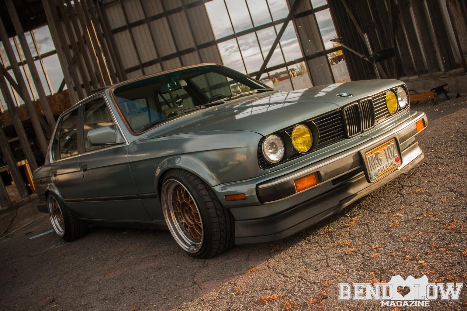 Stanced Bmw E30 Bend Low Magazine