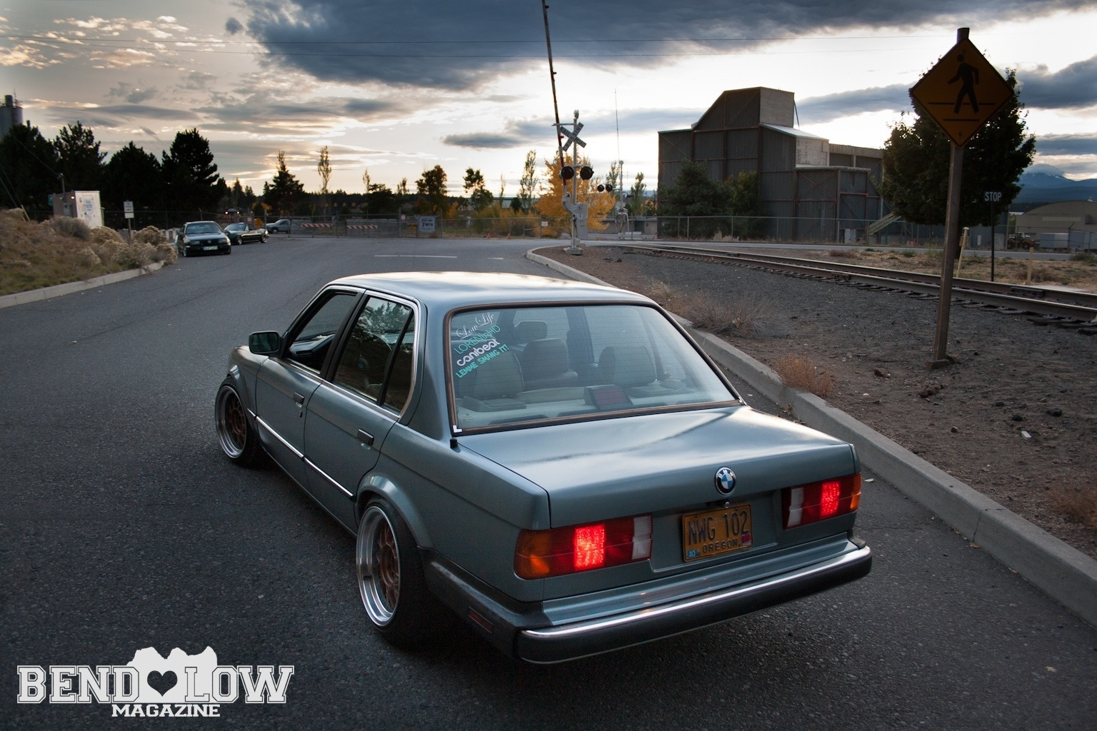 Stanced Bmw E30 Bend Low Magazine